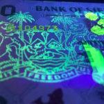 Review: Bộ tiền  Sierra Leone dưới đèn UV